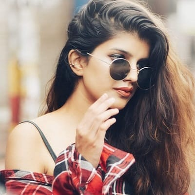 Stylish-Girls-DP-For-Whatsapp-and-Facebook (3)